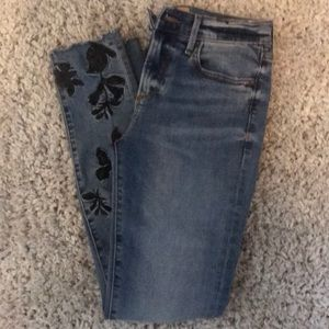 free people embroidered jeans!